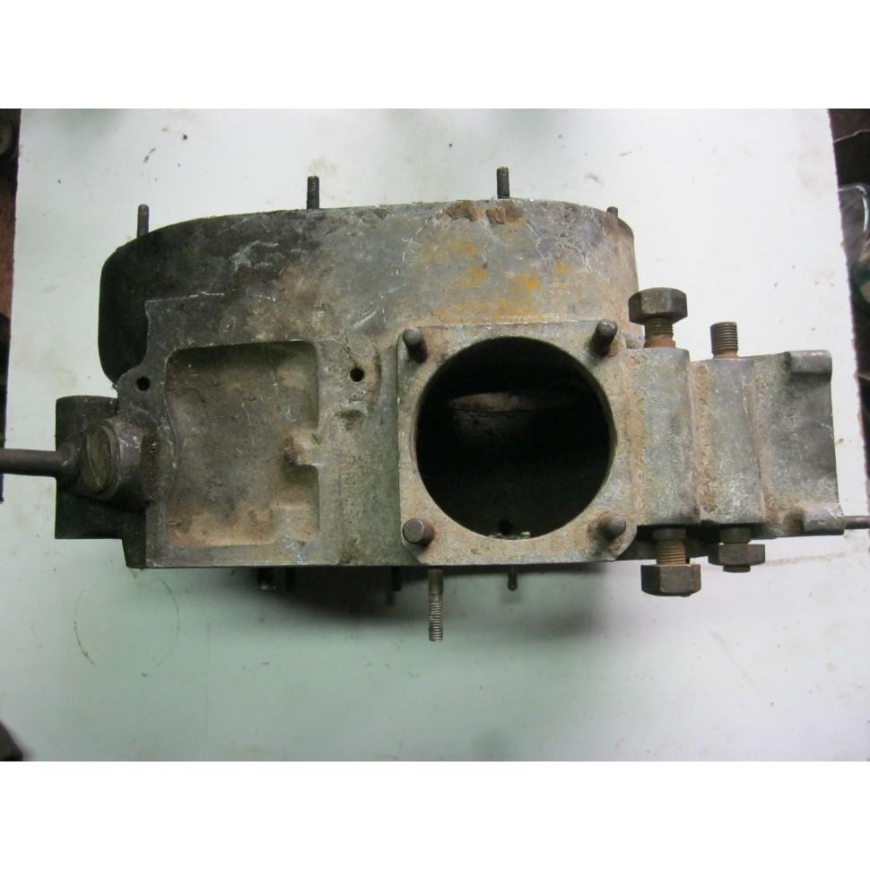 Carter bas moteur PEUGEOT 350 P107